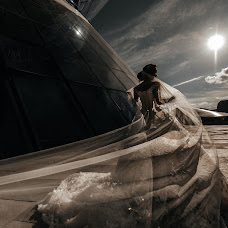 結婚式の写真家Damir Kuzhumov (kuzda)。28.04.2019の写真