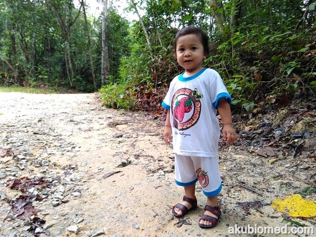Aisyah juga turut angkut ke Santuari Ikan Sungai Chiling