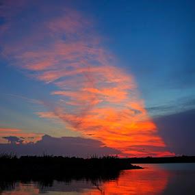 Sunset Beam by Eric Wellman - Landscapes Sunsets & Sunrises ( water, orange, sunset, lake,  )