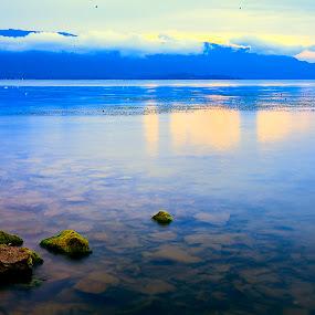 Just Stay - Lake Toba by Dian Manik - Landscapes Travel ( pesonaindonesia, danautoba, wonderfullindonesia, laketoba, photography )