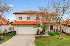 Orlando villa close to Disney, gated community with facilities, private pool, games room