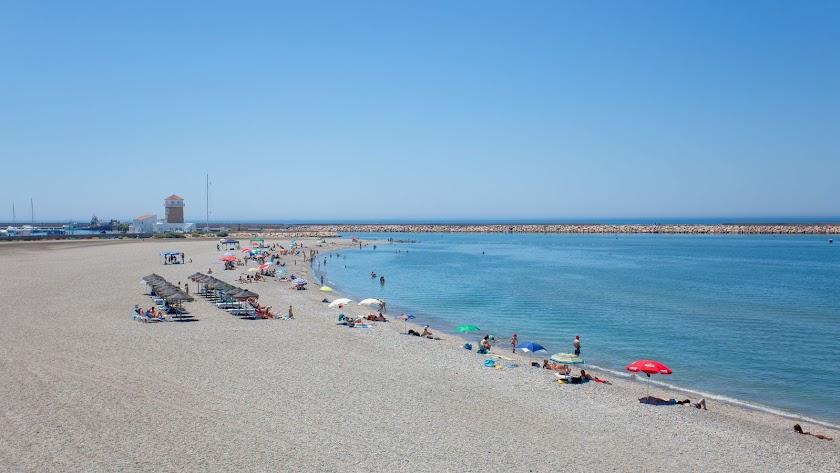Playa de Almerimar este mes de agosto.