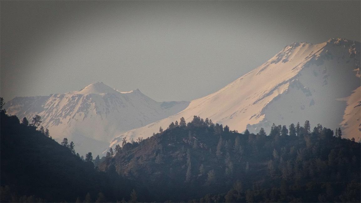Hazy Shasta 4.jpg