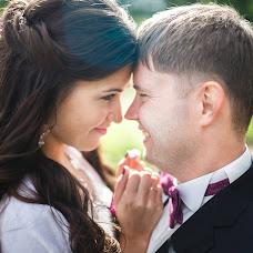 Wedding photographer Vadim Zakharischev (yourmoments). Photo of 09.02.2016