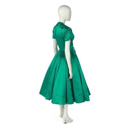 Dinner dress in kelly green slipper satin