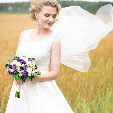 Wedding photographer Roman Yankovskiy (Fotorom). Photo of 24.08.2017