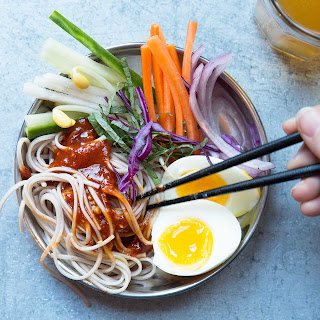 Korean Cold Buckwheat Noodles (Jaengban Guksu)