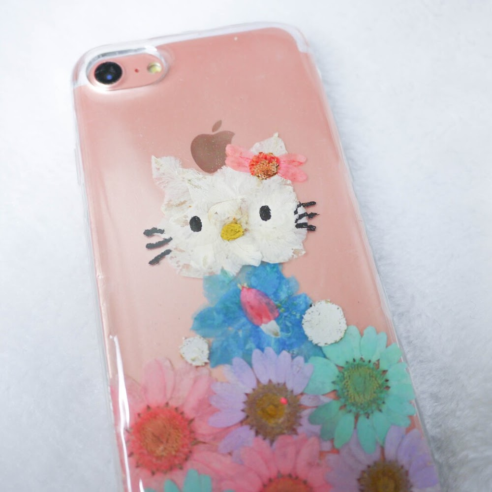 [訂製/custom-made] Hello Kitty Pressed Flower Phone Case