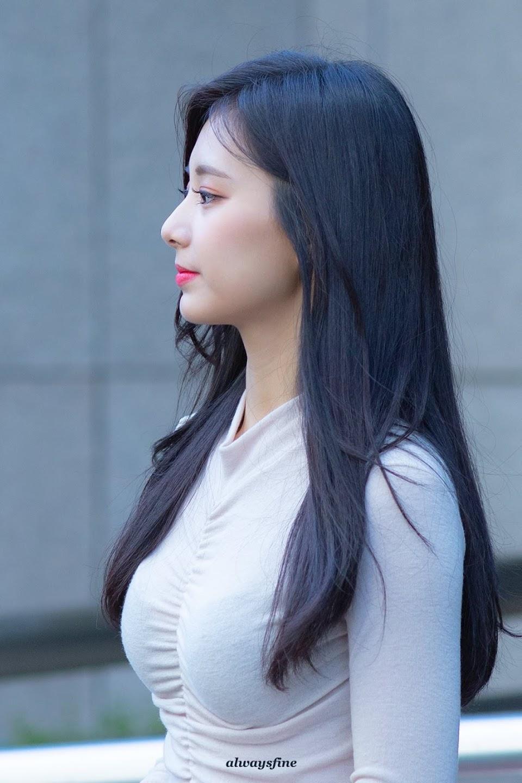 tzuyu profile 14