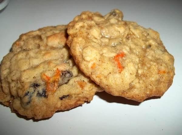 Oatmeal Raisin Carrot Cookies