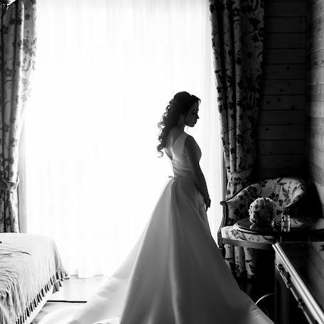 Wedding photographer Denis Solovev (LSTUDIO). Photo of 26.01.2018
