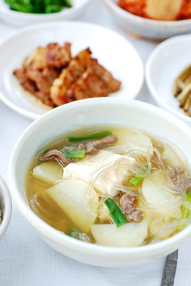 Canh khoai tây thịt bò đơn giản, ấm nóng gian bếp