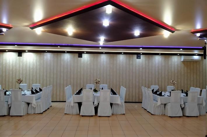 Фото №8 зала Банкетный зал Империя