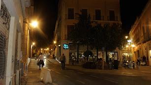 El Km 0 de los bares en Almería al filo del cierre de los comercios del centro.