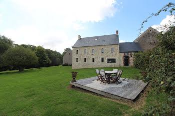 ferme à Aunay-sur-Odon (14)