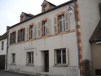 maison à Epineuil-le-Fleuriel (18)
