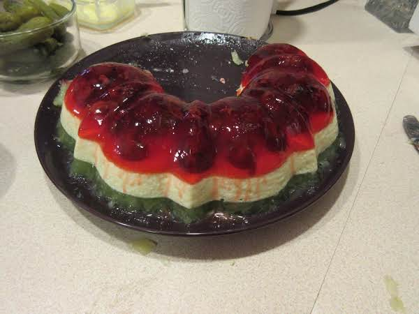 Italian Christmas Jello Mold Ring Recipe
