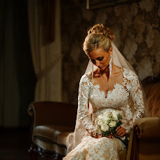Wedding photographer Elena Metelica (ELENANDROMA). Photo of 05.08.2017
