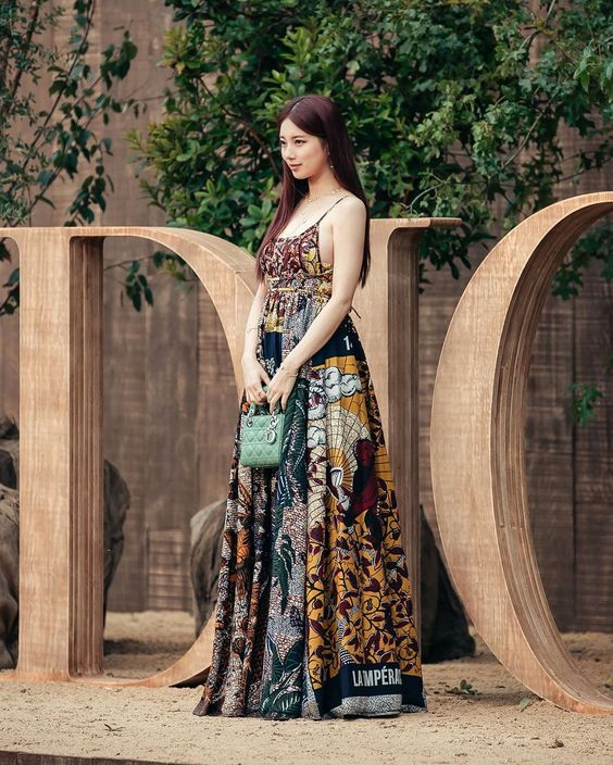 suzy gown 43
