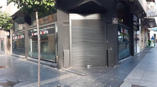 """""""Lamarca cierra el local del Paseo por impago de alquiler"""""""