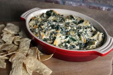Delicious Spinach Artichoke Dip Recipe