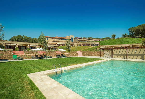 Mas Salagros, Eco Resort & Ancient Baths
