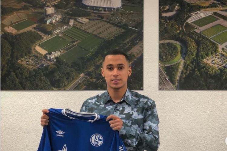 Un jeune talent de Genk rejoint Schalke 04