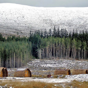 Balaguish Wigwam, Scotland by Preslava Gancheva - Landscapes Mountains & Hills ( highlands, aviemore, hills, wilderness, scotland )
