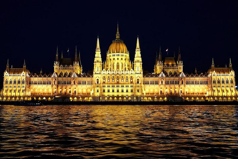 Budapest Parliament di Sara_V_98
