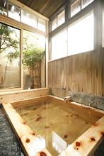 Photo: 信山ひのき風呂2 宿泊者は貸切可能(無料) Private onsen (Free)