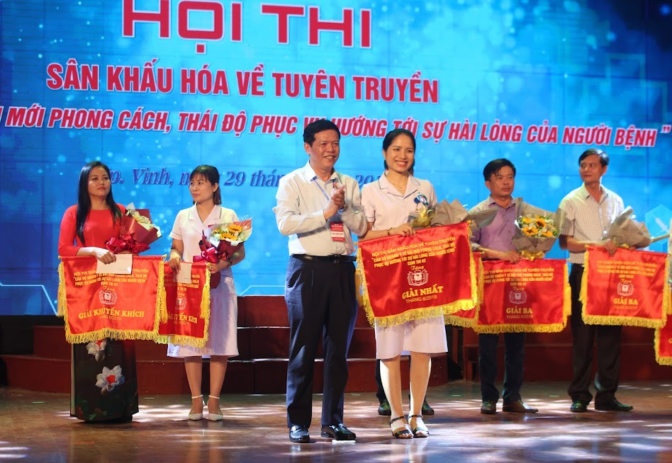 Bệnh viện Đa khoa TP Vinh xuất sắc giành giải Nhất