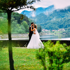 Wedding photographer Marius Onescu (mariuso). Photo of 18.07.2017