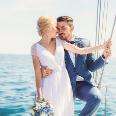 Wedding photographer Igor Bukhtiyarov (Buhtiyarov). Photo of 04.09.2015