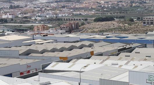 El Ayuntamiento de Viator realizará actuaciones para reactivar el comercio