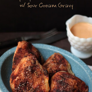Chicken Paprika with Sour Cream Gravy (Low Carb and Gluten Free).