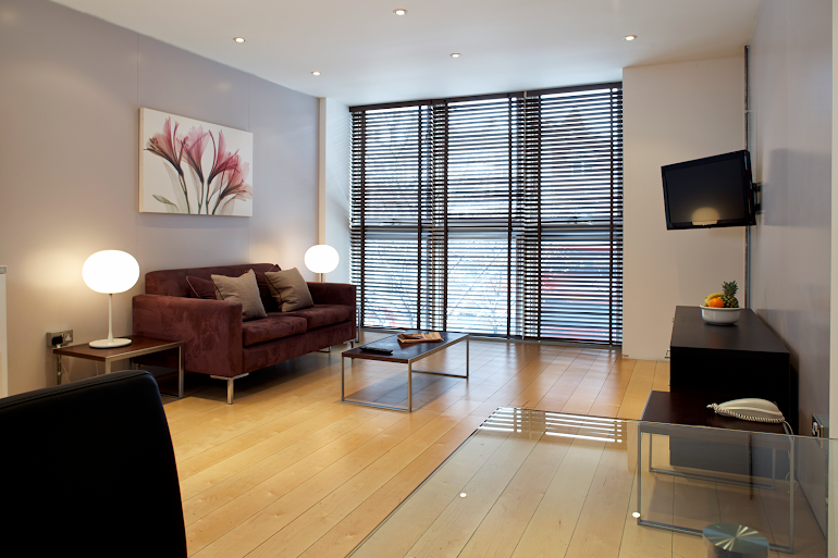 Living area at Gate House Apartments, Tower Bridge