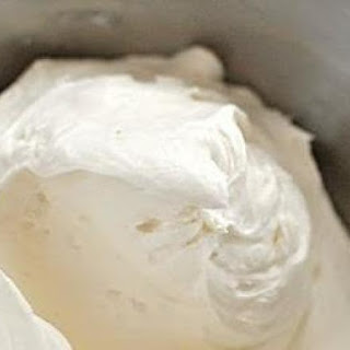 Ultimate Whipped Cream Cheese Frosting