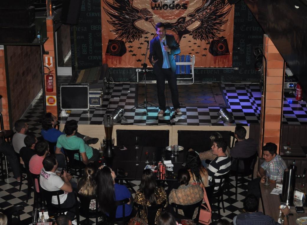 "Stand Up ""Comédia Urbana"" (Créditos: Guilherme Rachelle)"