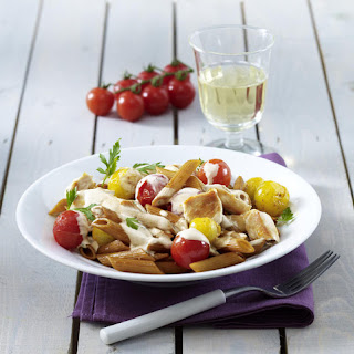 Wholewheat Pasta with Chicken, Tomatoes and Cream Sauce.