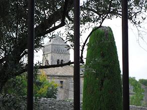 Photo: Sur le chemin, le monastère Saint-Paul de Mausole où séjourna Van Gogh