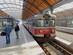 Photo: EN57-852, Lubliniec - Wrocław Główny {Wrocław Główny; 2015-10-28}