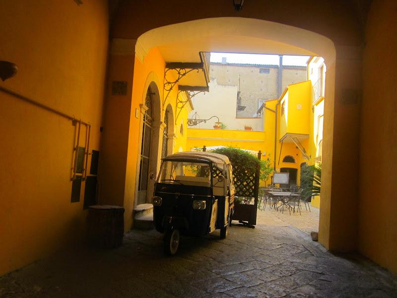 Casa gialla di emanuela_dolci