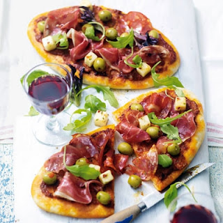 Spanish Ham And Pepper Pizzettes