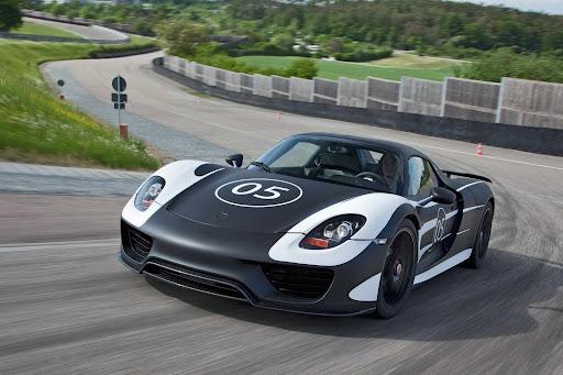 Should Porsche build a next-generation hypercar?