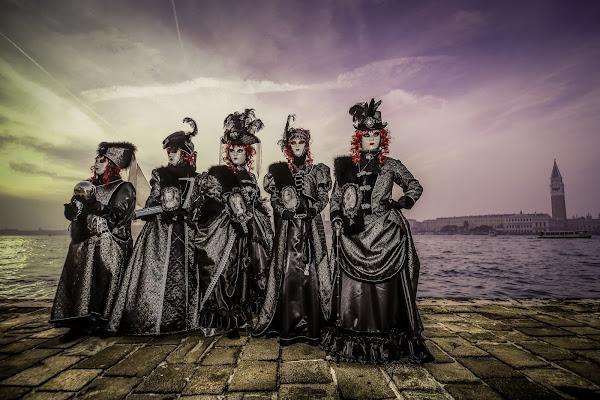 febbraio carnevale le dame in nero