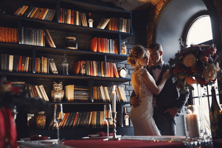 Wedding photographer Eduard Smirnov (EduardSmirnov). Photo of 26.03.2019