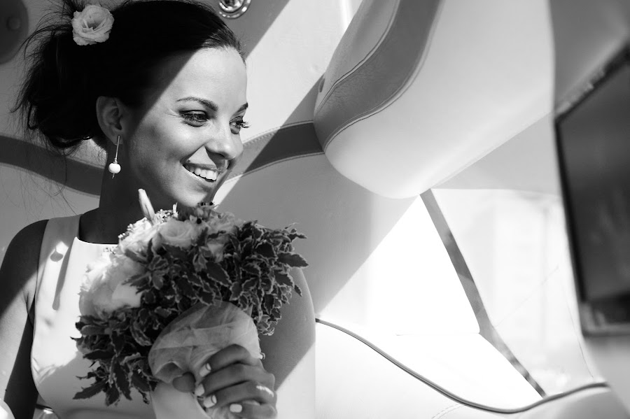 Wedding photographer Artur Pogosyan (Pogart). Photo of 08.01.2016