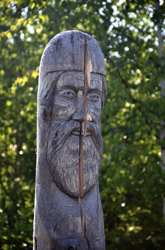 буркова гора гидаевский чучковник деревянный истукан