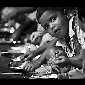 Hunger strikes by Shashank Sharma - Babies & Children Children Candids ( child, real, black and white, food, poor, pwcprofiles-dq )