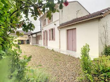 maison à Saint-Savin (33)
